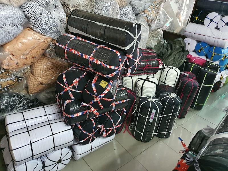 du loai phu lieu nganh vai cho khach hang