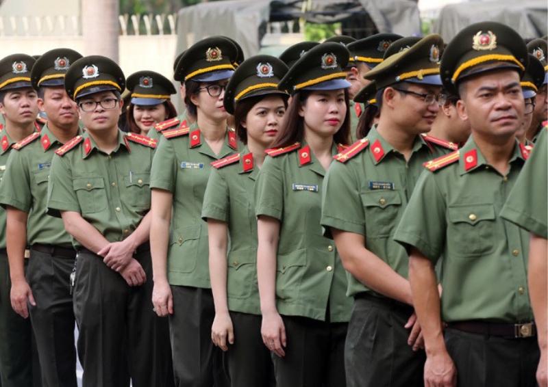 Trang phuc khoi an ninh