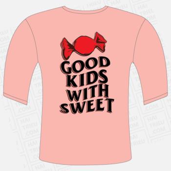 ao thun dong phuc gia dinh good kids with sweet mat sau